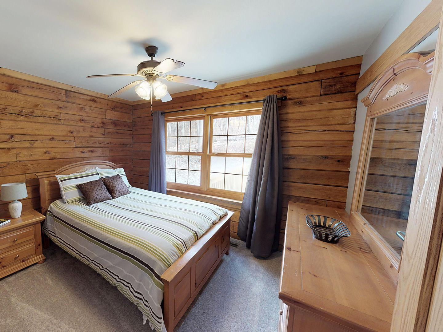 Hocking Hills Yurts and Cabins Bedroom 3